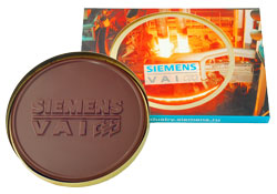 Siemens Personalised chocolate medallion in a gift box